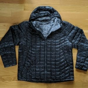 The North Face Thermoball Hoodie Mens XL Gray